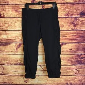 Athleta Drawstring Cropped Workout Black Pants